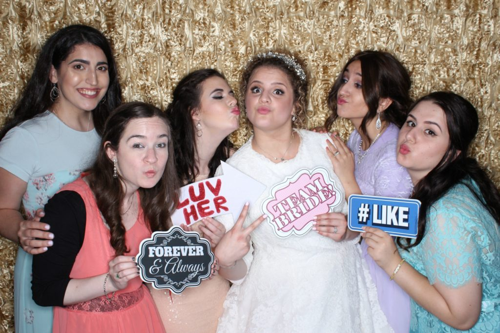 TEAM BRIDE!!!  This was one awesome bride with her equally cool friends!  Mazel Tov!!